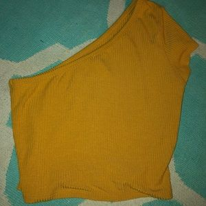 Off the shoulder yellow crop top. Large
